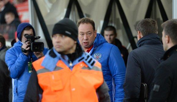 Сборная России возвращает болельщиков на трибуны