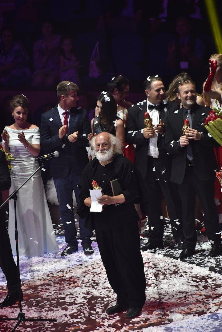 Олег Попов: 65 лет под русским флагом