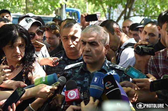 Вооруженный бунт в Ереване: хроника событий