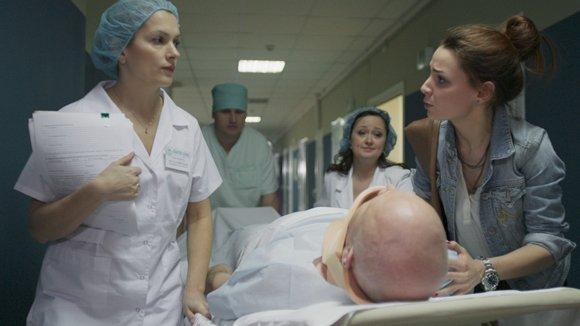 «В фильме про врачей надо меньше крови и больше реализма»