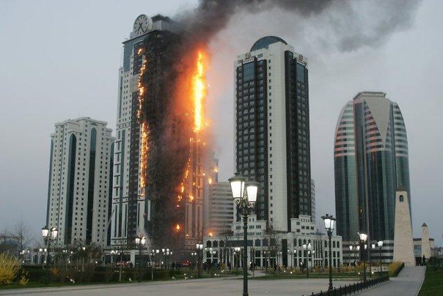 В Дубае в 75-этажном небоскребе начался крупный пожар
