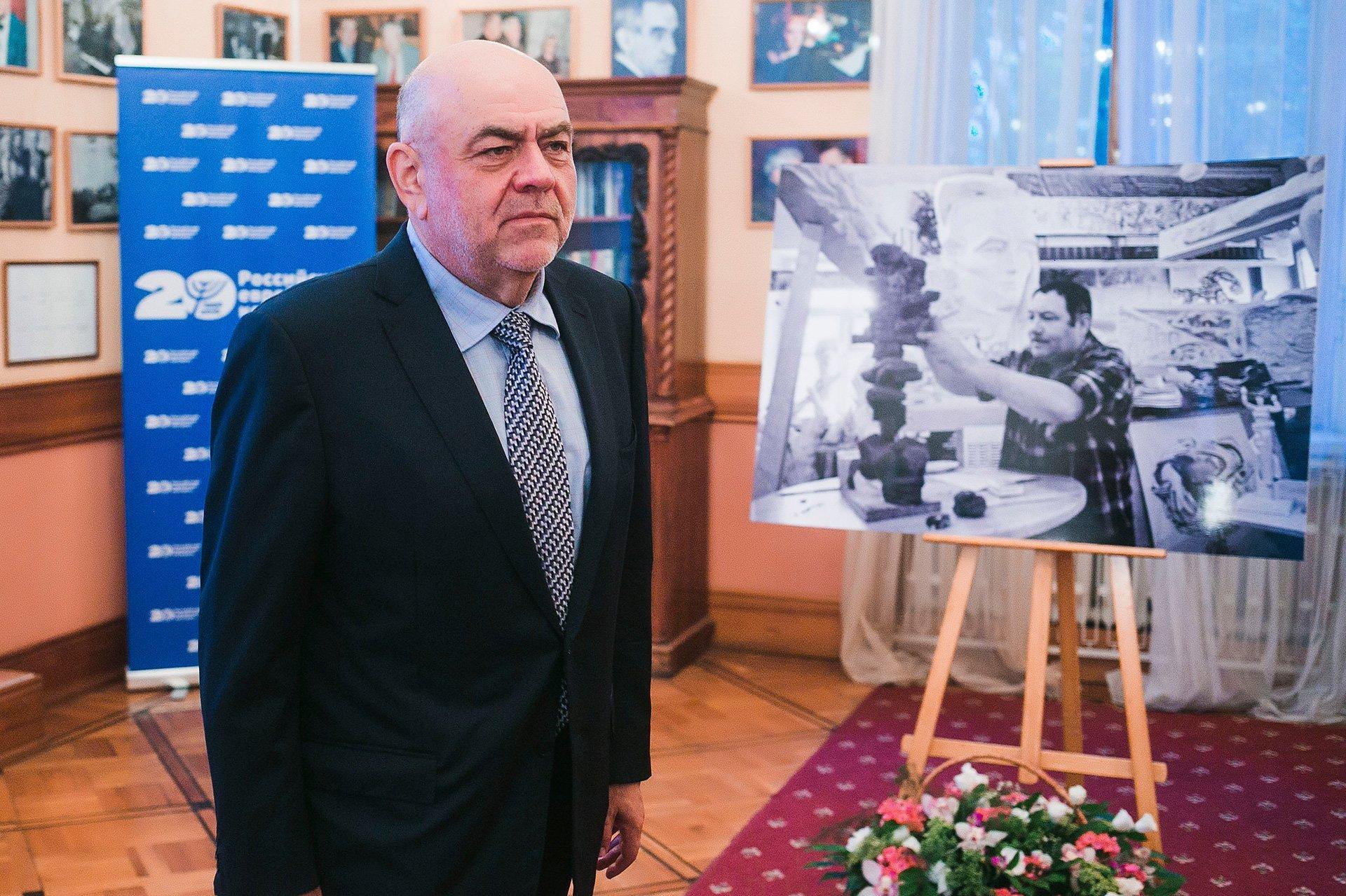 Борец, исследователь, солдат: Москва простилась с Эрнстом Неизвестным