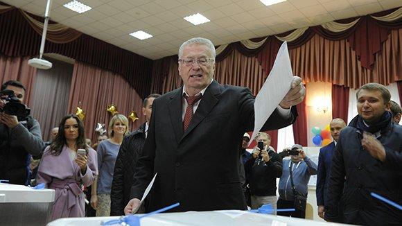 Лидеры партий проголосовали в эфире федеральных каналов