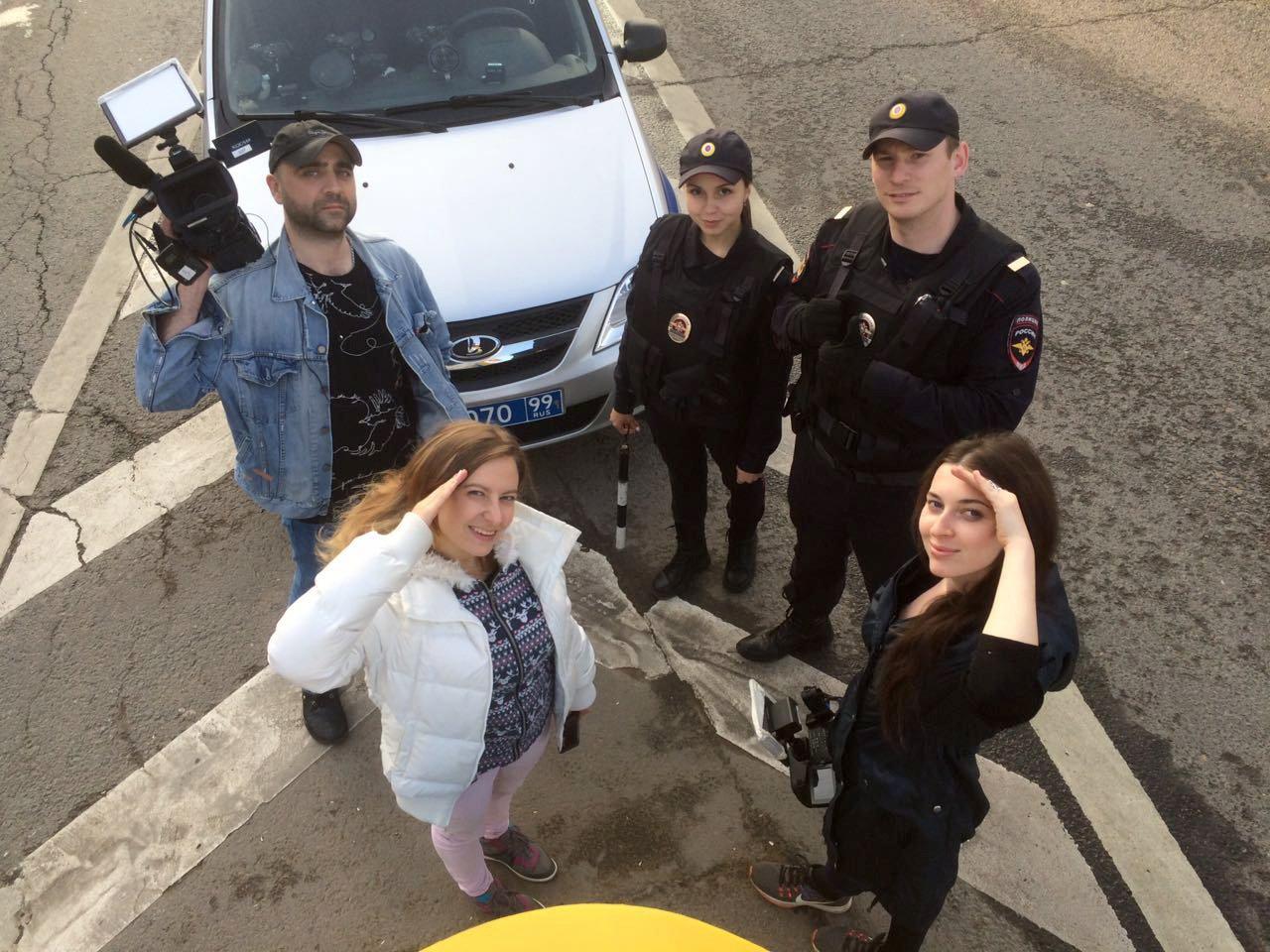 Полицейские «за стеклом»