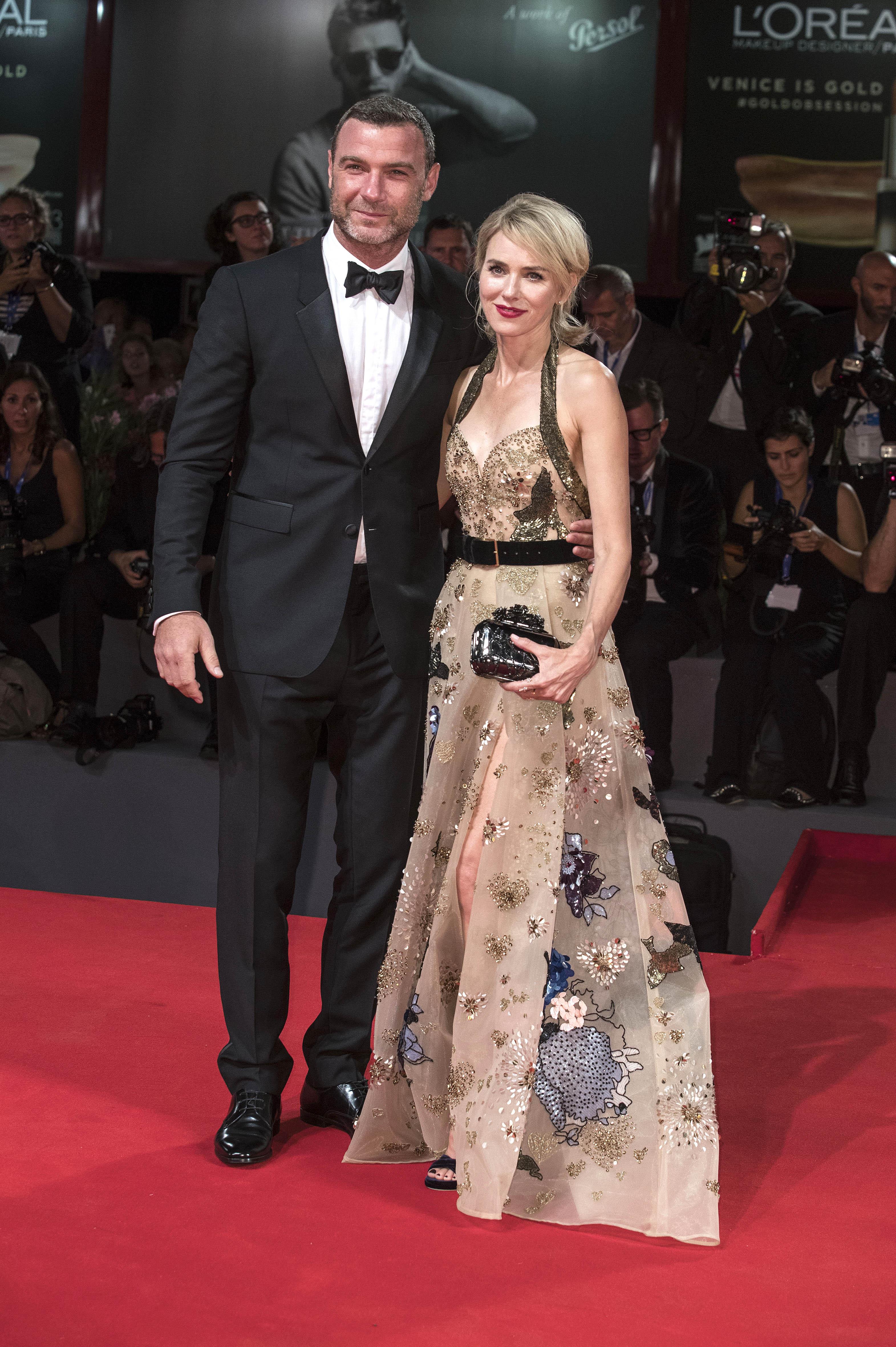 Голливудские актеры Наоми Уоттс и Лив Шрайбер объявили о расставании