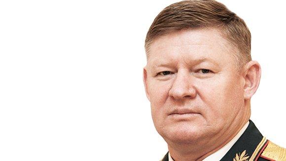 Шойгу представил нового командующего ВДВ РФ Андрея Сердюкова
