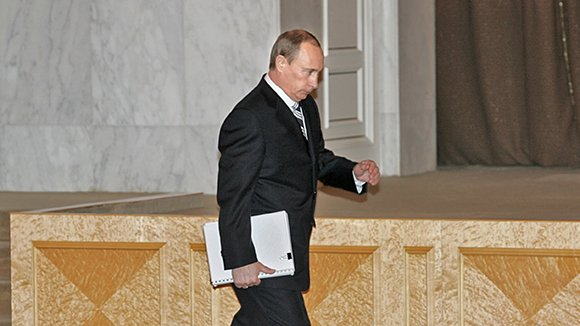 12 посланий президента России: ключевые темы, тезисы, обещания