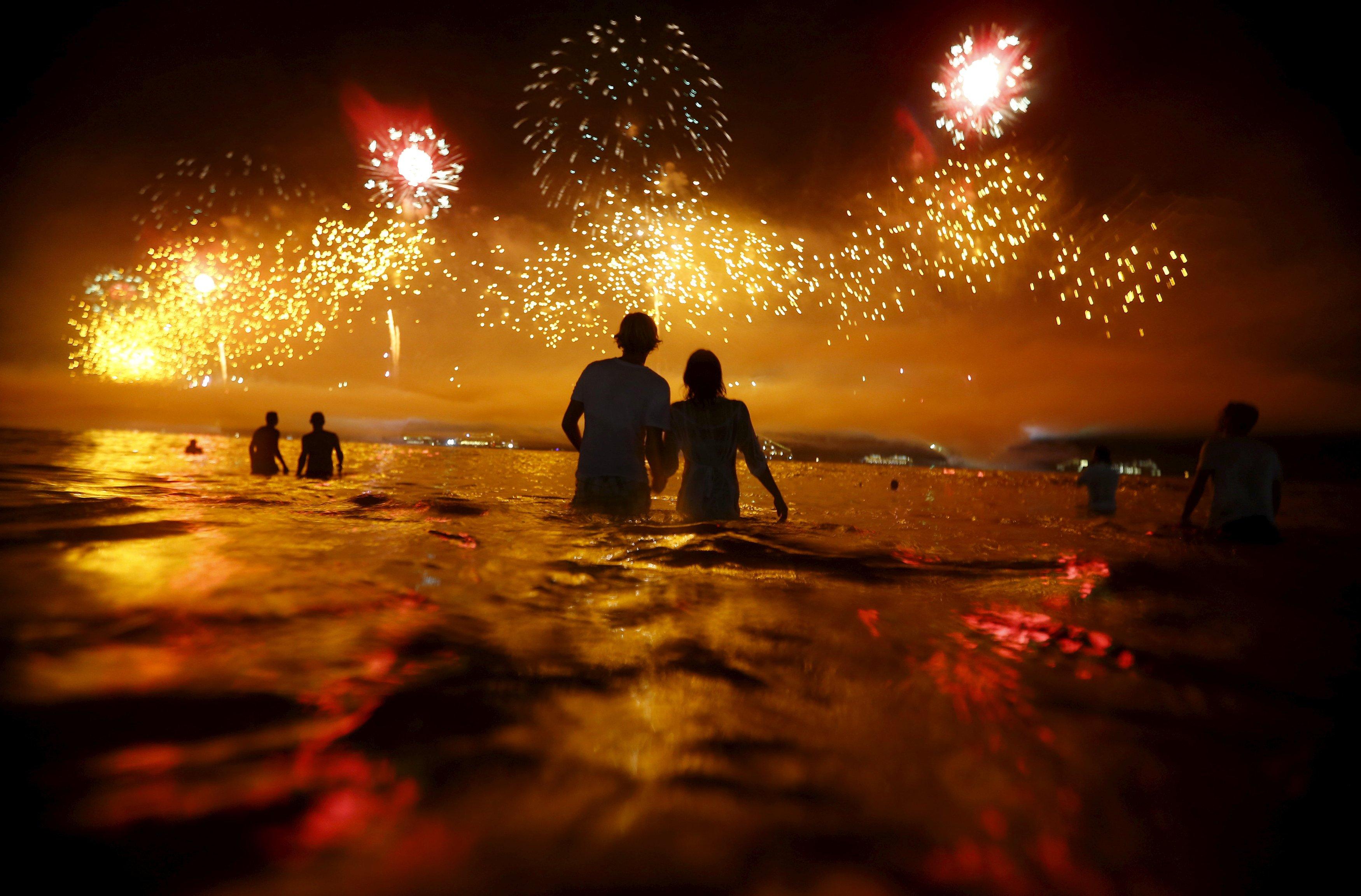 В надежде на чудо: как отмечают Новый год в разных странах