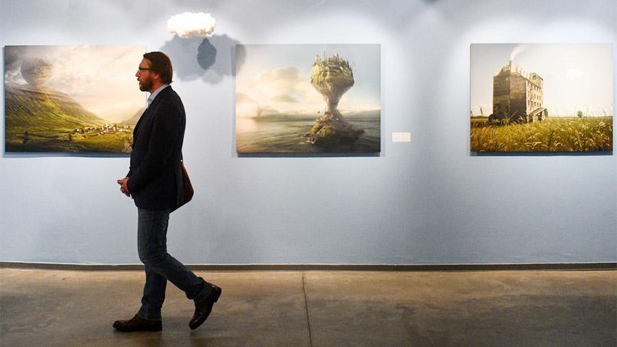 Открытие выставки шведского фотографа Эрика Йоханссона «По ту сторону реальности»