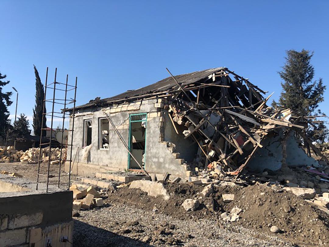 Разрушенный дом в городе Тертере