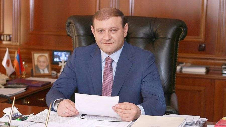 Мэр Еревана Тарон Маргарян ушел в отставку | Новости | Известия | 09.07.2018