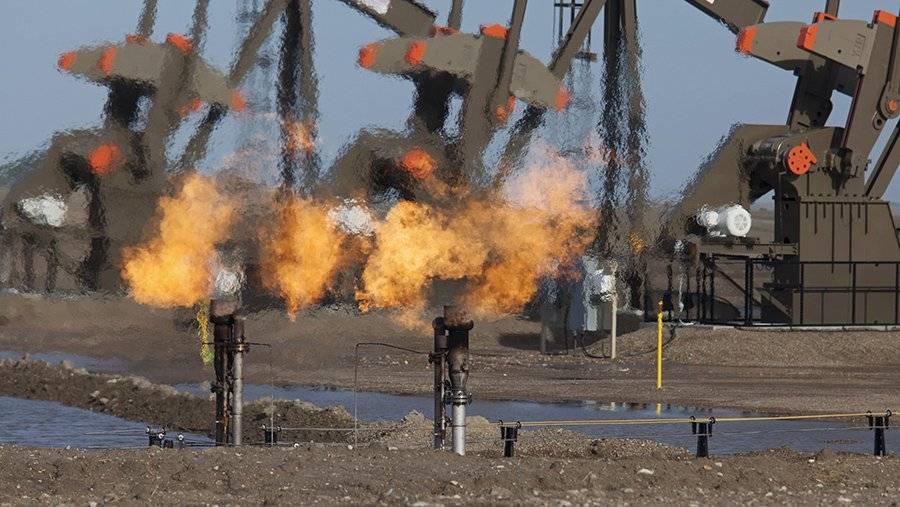 В Эквадоре аборигены заблокировали доступ к месторождению нефти