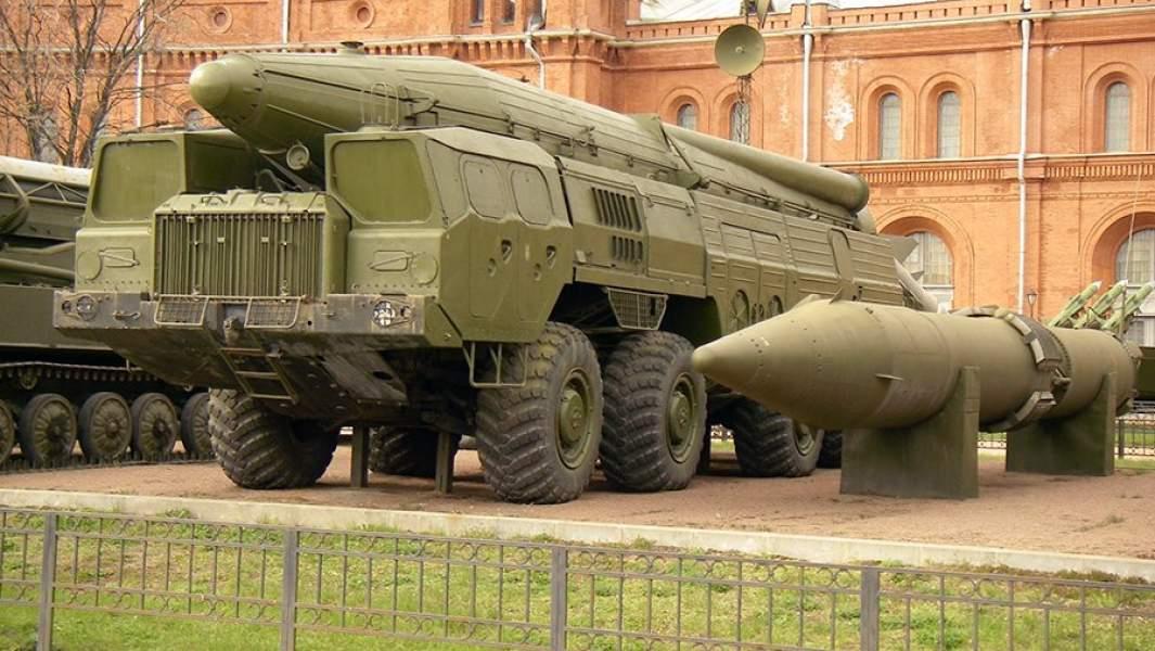 Пусковая установка «Темп-С» в Артиллерийском музее Санкт-Петербурга
