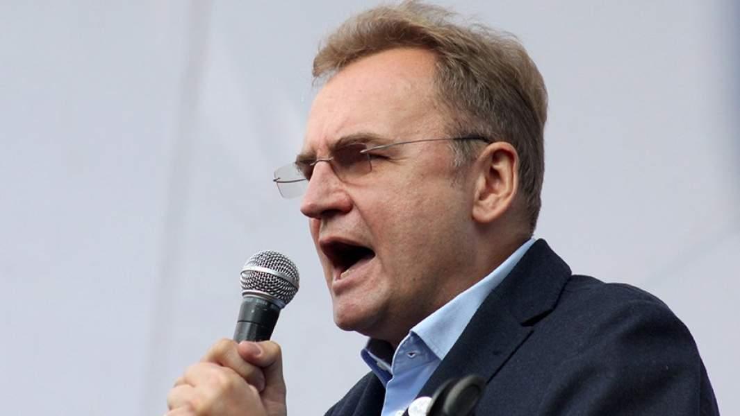 Мэр Львова Андрей Садовый во время митинга у здания Верховной рады Украины