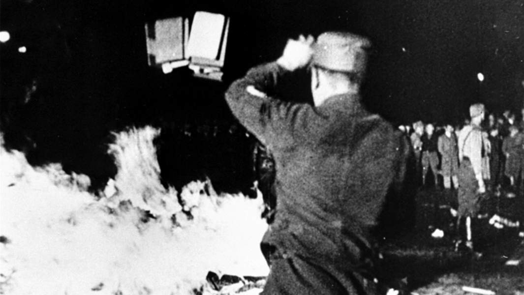 Сожжение книг в нацистской Германии 10 мая 1933 года