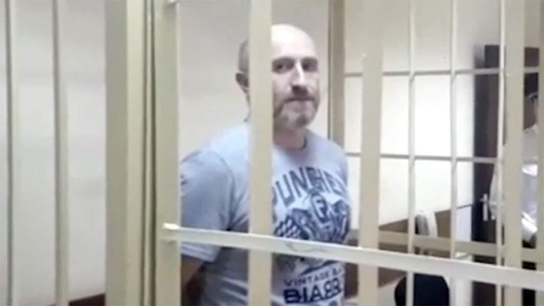 Юрий Тузов в зале суда