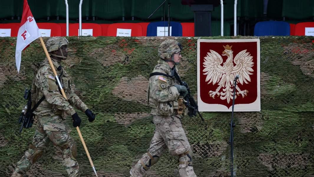 Церемония приветствия многонационального батальона НАТО