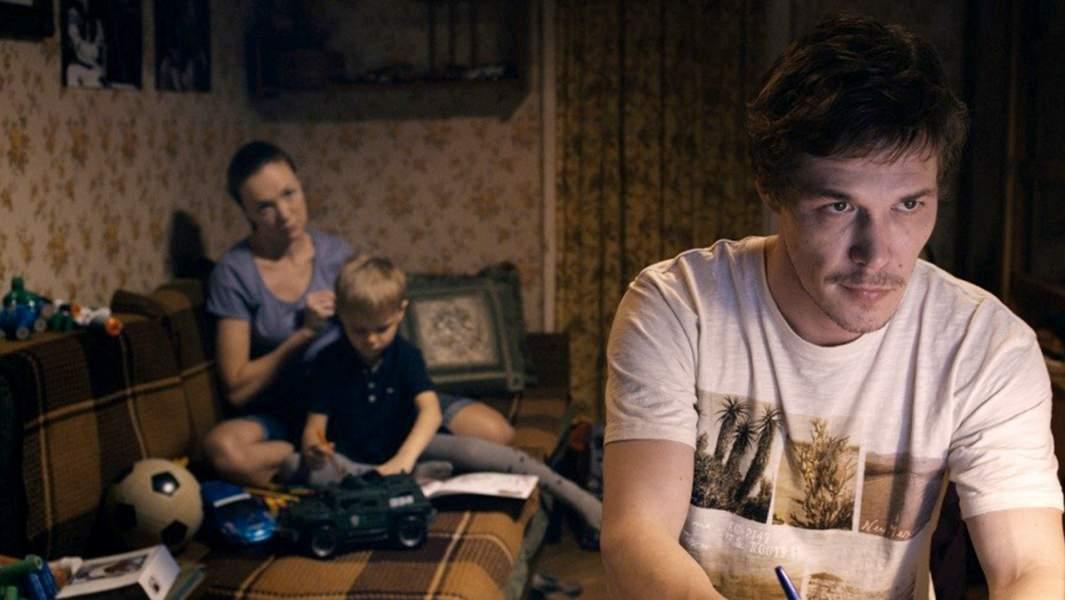 Кадр с фильма «Дурак»