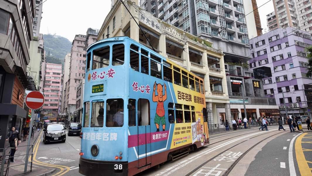 Трамвай на улицахГонконга