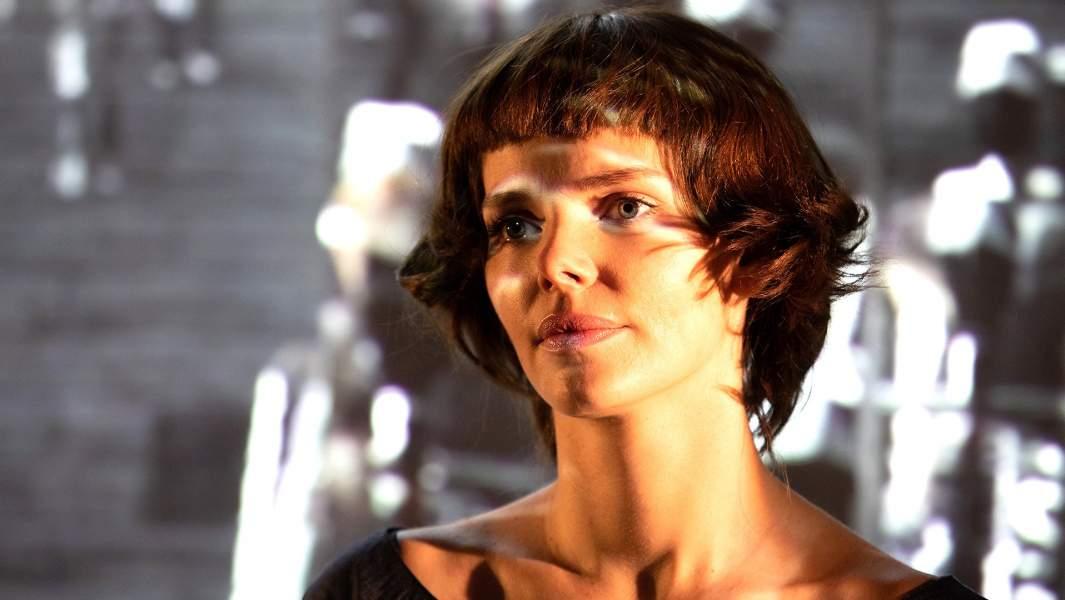Елизавета Боярская в роли Марины Цветаевой в спектакле«1926»