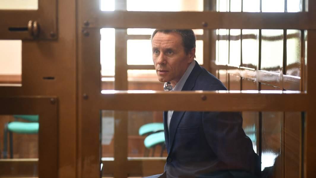 Заместитель главы управления собственной безопасности Следственного комитета России Александр Ламонов, обвиняемый в получении взятки в особо крупном размере