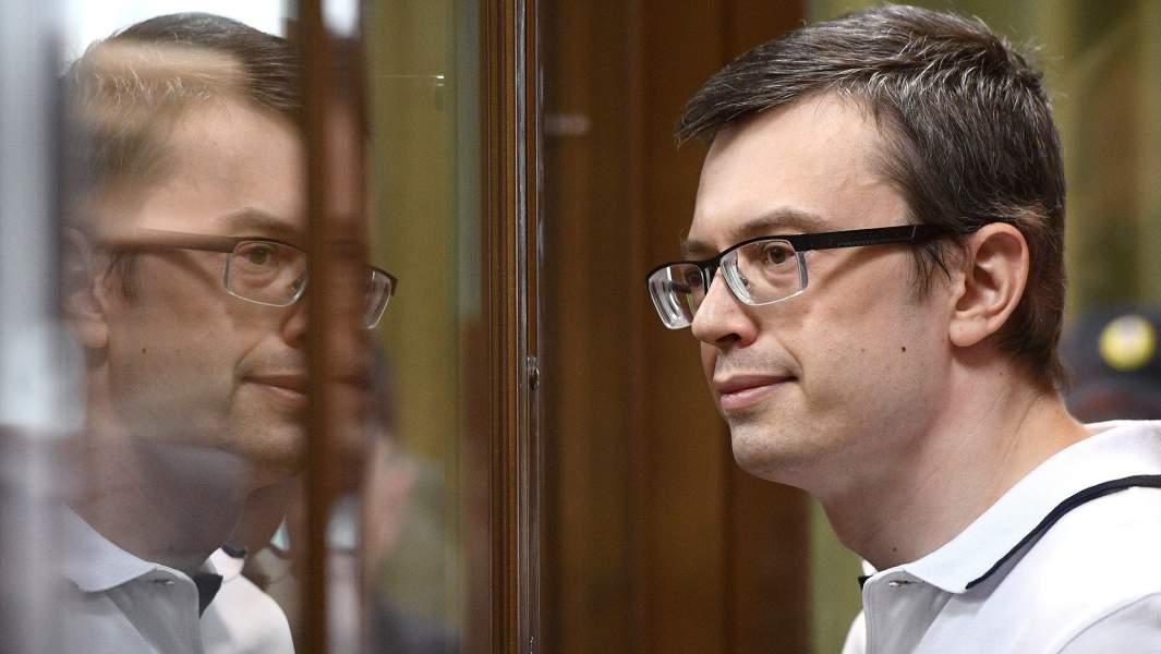 Бывший первый заместитель руководителя столичного главка СК России Денис Никандров, обвиняемый в получении взятки