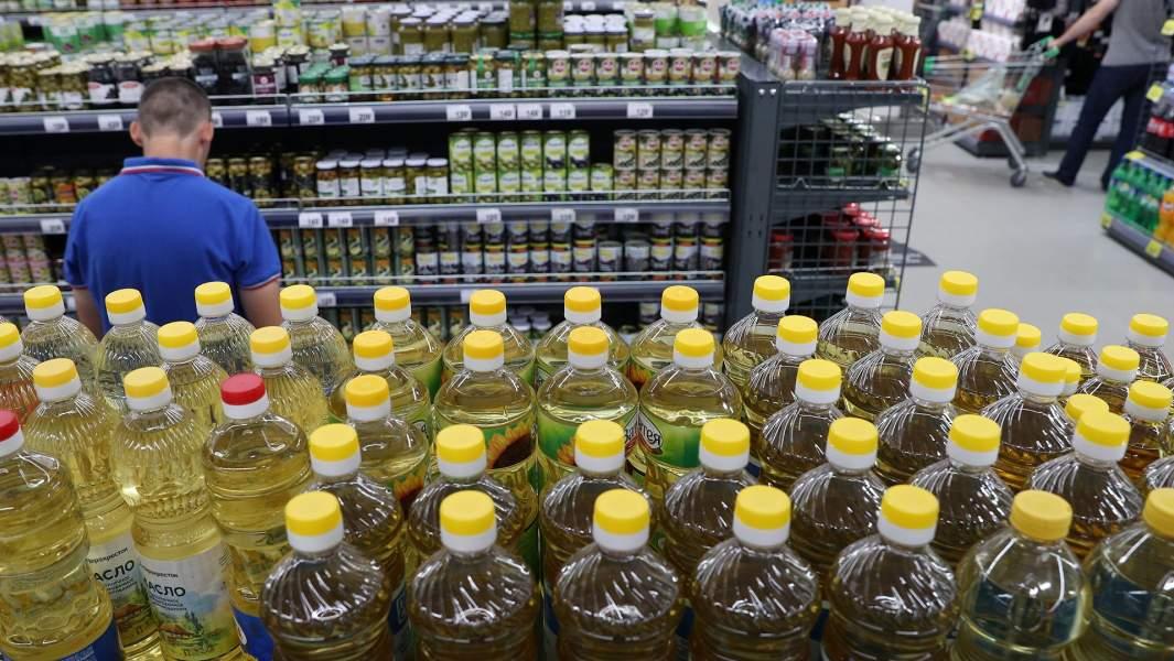 Подсолнечное масло, продукты, магазин