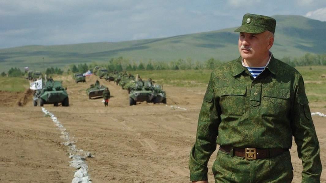 Генерал-лейтенант Макаревич ОлегЛеонтьевич