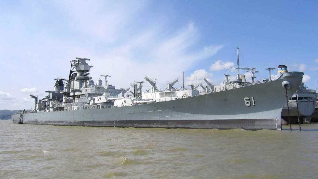 «Айова» — тип линейных кораблей ВМС США