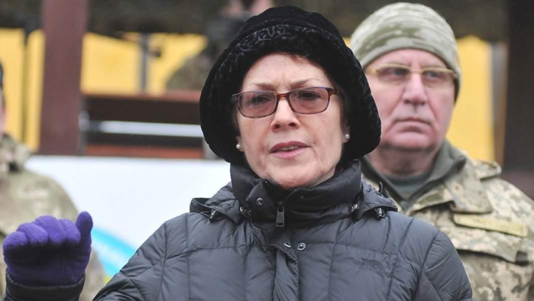 Чрезвычайный и полномочный посол США на Украине Мари Йованович