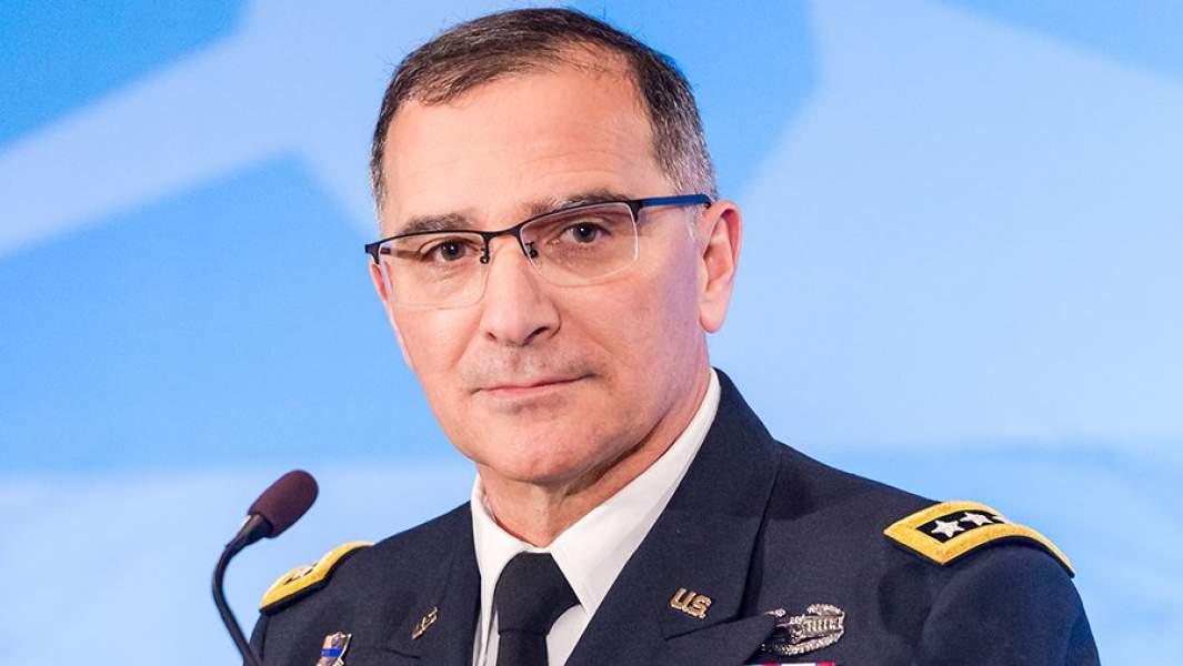 Командующий объединенными вооруженными силами НАТО в Европе Кертис Скапаротти