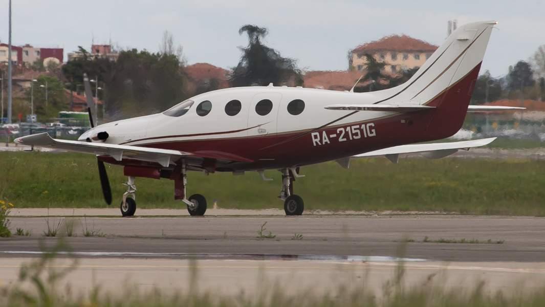 Турбовинтовой, одномоторный самолётEpic Dynasty (Epic LT)