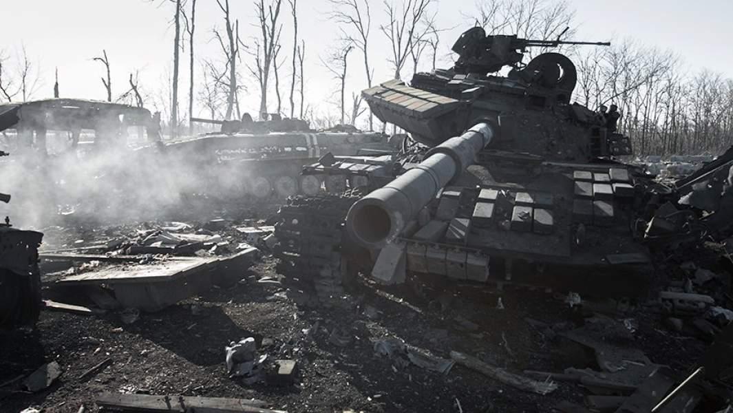 Уничтоженная военная техника ВСУ в окрестностях Дебальцево