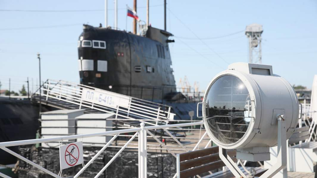Подводная лодка «Б-413» проекта 641 на набережной Петра Великого - экспонат Музея Мирового океана в Калининграде