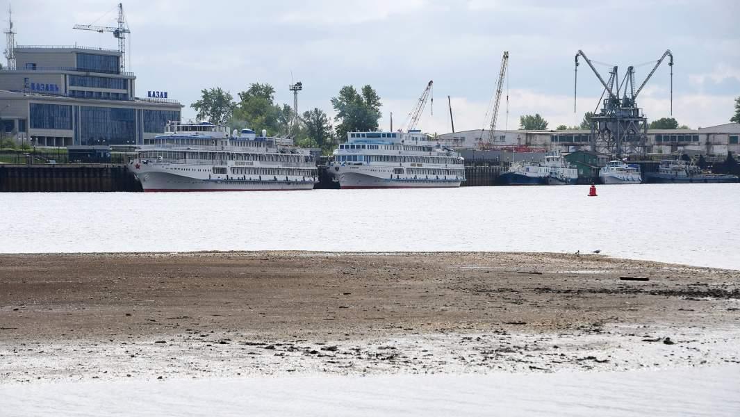 Речной порт «Казань» на реке Волге. Открытие скоростных речных линий в Татарстане перенесли из-за низкого уровня воды на Волге