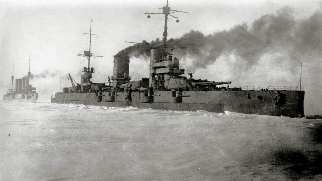 «Ледовый поход» Балтийского флота, броненосец Севастополь, 1918 год