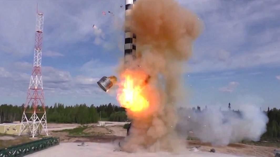 Испытание баллистической ракеты «Сармат». Скриншот видео, предоставленного Минобороны РФ.