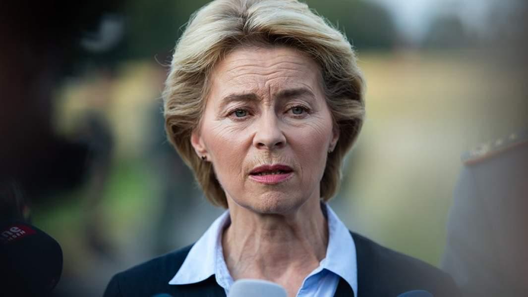 сула Фон Дер Ляйен — будущая глава Еврокомиссии,даёт интервью журналистам