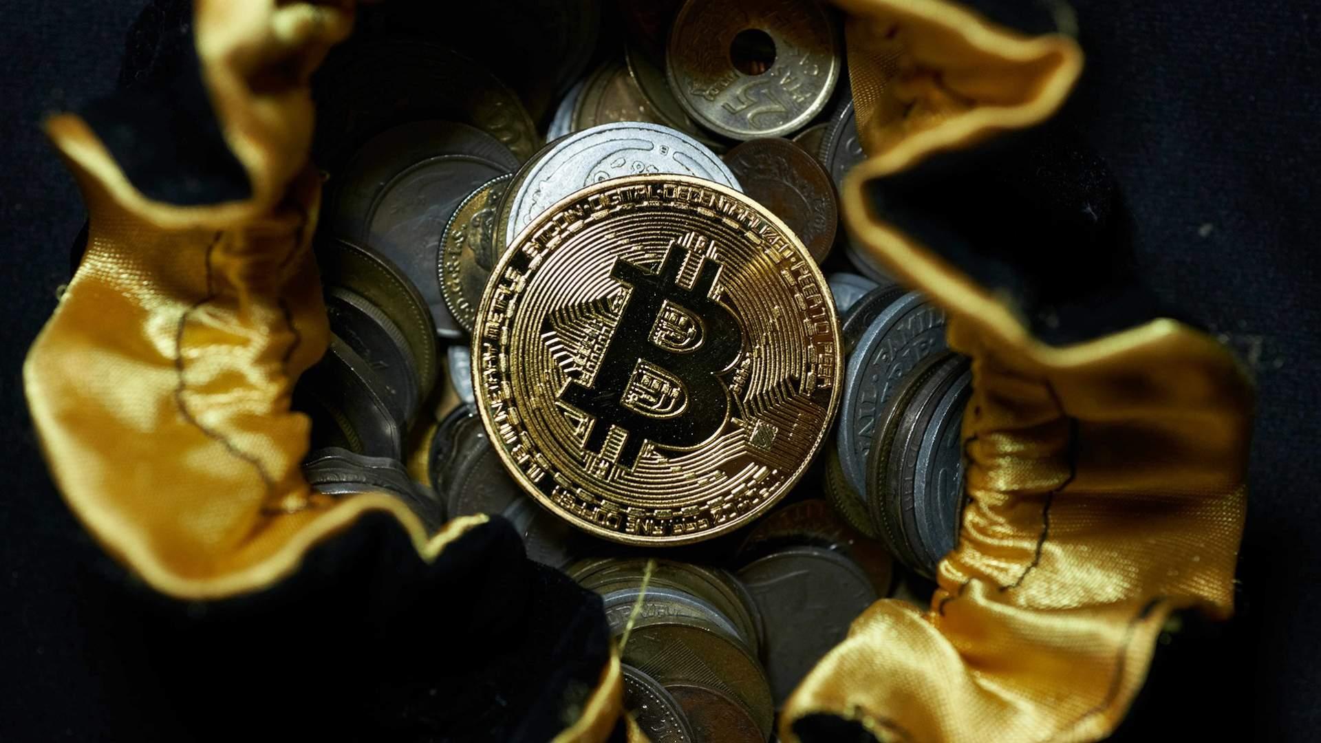 Как биткоины превратить в реальные деньги биткоин расширения