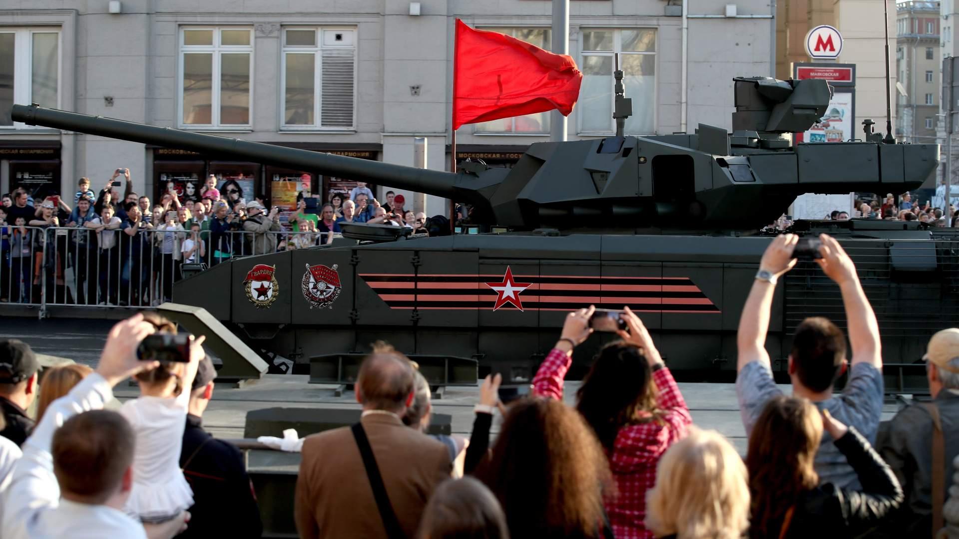 Картинки по запросу картинки газета известия танк армата