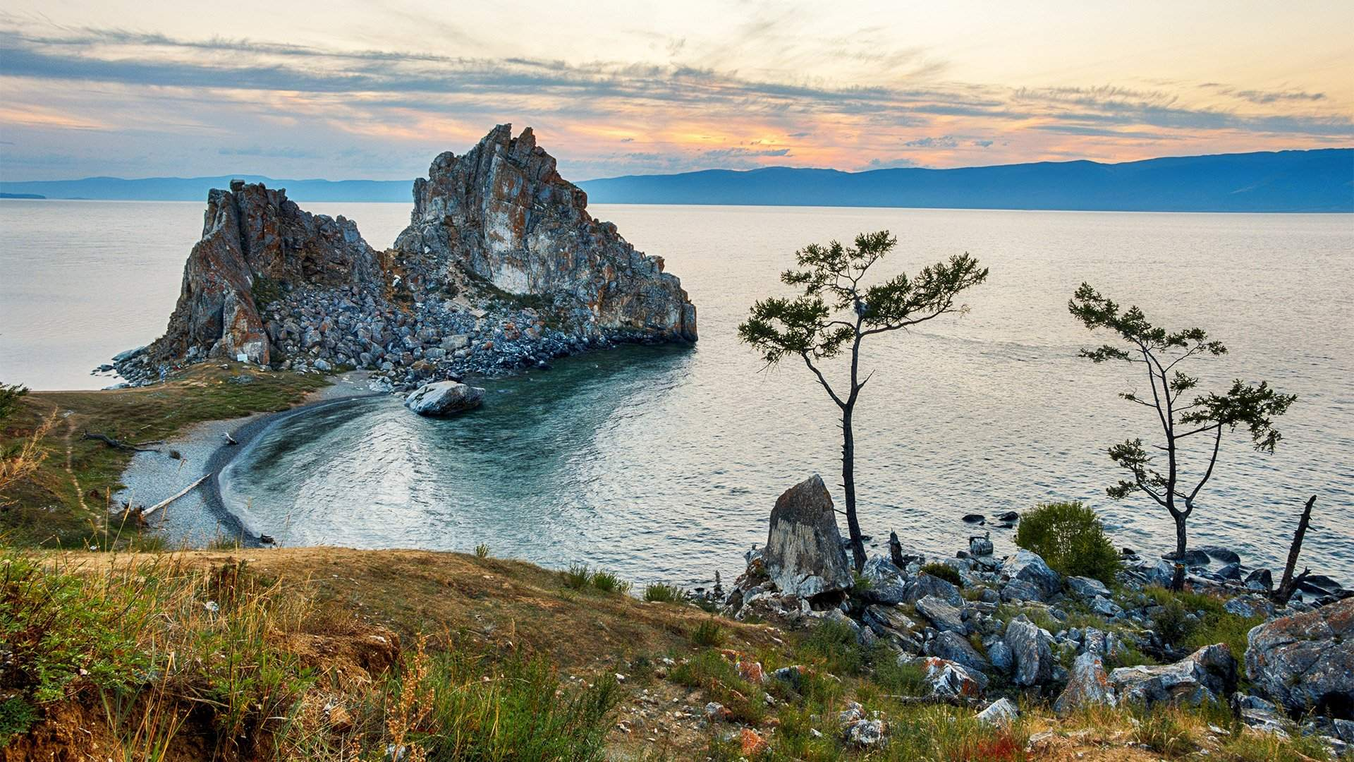 Разлей вода: почему в КНР называют Байкал своим «северным морем»   Статьи   Известия