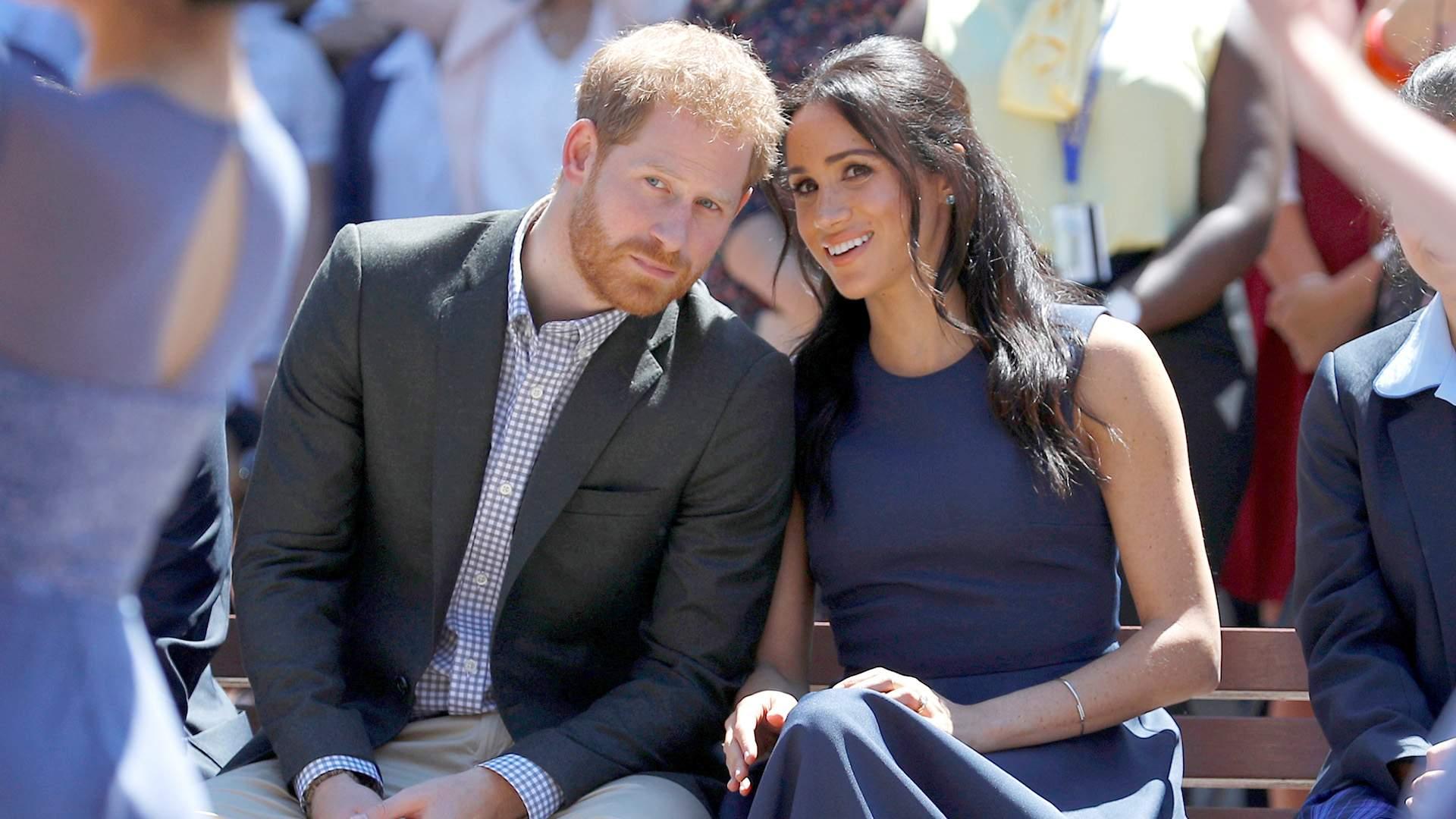 Королева в возмущении: почему принц Гарри и Меган Маркл отказались ...