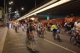 Более 20 автобусов изменят маршрут во время столичного велопарада