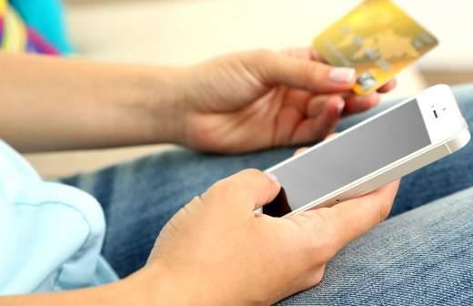 4d359d1bf9e Вам позвонят  в России вступил в силу закон о временной блокировке карт