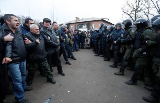 Глава Минэкономразвития Украины посоветовал правильный способ чихать