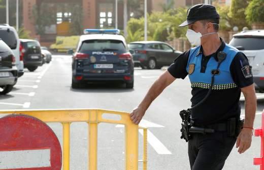 Более 100 человек покинут карантинный отель на Тенерифе