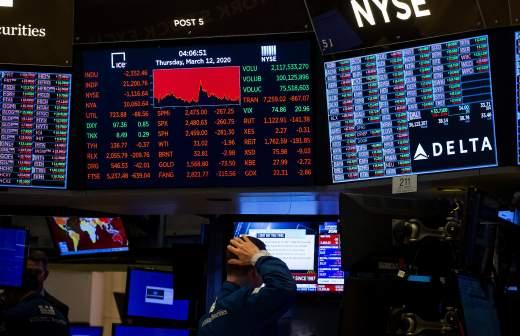 Экономисты предрекли России двухлетнюю рецессию