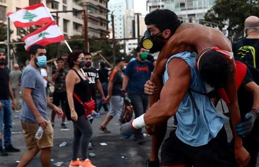 В Бейруте загорелось здание ассоциации банков Ливана
