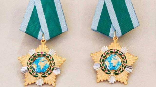 Лауреатом премии за вклад в укрепление единства российской нации стала президент санкт-петербургского университета людмила вербицкая.