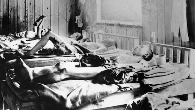 По оценкам разных специалистов, всего в Хиросиме погибло от 140 до 200 тысяч человек, включая жертв взрывной волны, пожаров и, конечно, облучения.    Фото: ТАСС/DPA